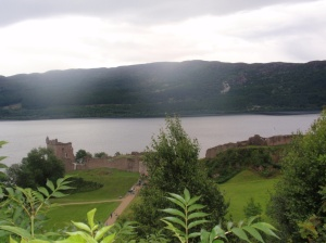 famous castle at Loch Ness forgotten the name!